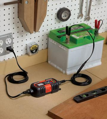 Review of Black & Decker BM3B Battery Charger / Maintainer