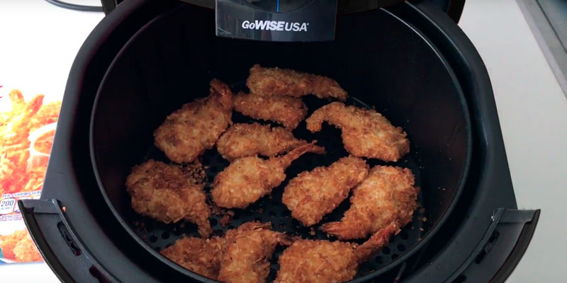 GoWISE USA GW22638 Programmable Air Fryer in the use