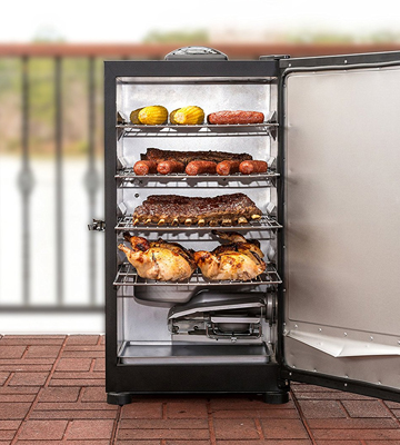 Review of Masterbuilt 20071117 Digital Electric Smoker