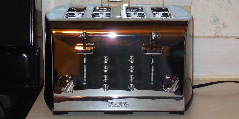KRUPS KH734D Breakfast Set 4-Slot Toaster application