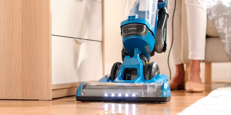 Review of Eureka NEU190 PowerSpeed Turbo Spotlight with Swivel Plus Lightweight Upright Vacuum