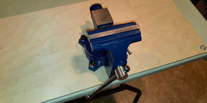 Yost Tools LV-4 Home Vise in the use