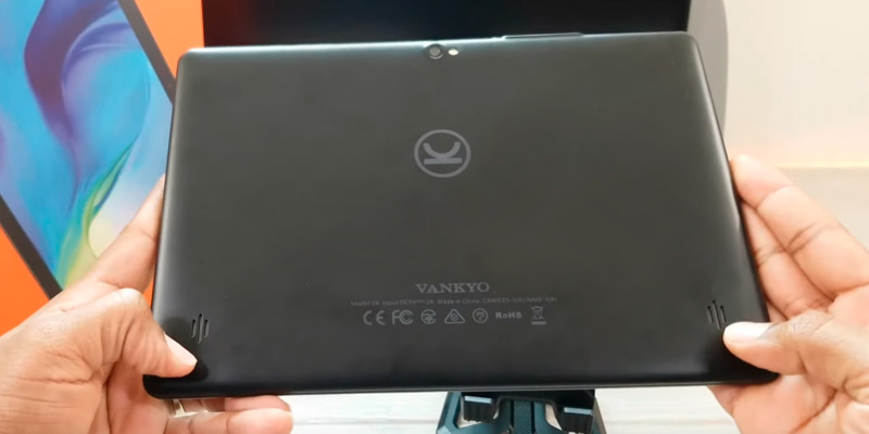 VANKYO MatrixPad Z10 10-Inch Android Tablet in the use
