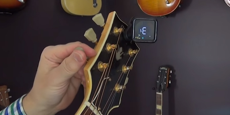 Review of KLIQ Music Gear UberTuner Clip-On Tuner for All Instruments