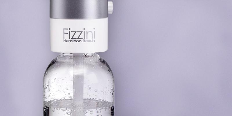 Review of Hamilton Beach Fizzini Hand-Held Carbonated Soda Maker