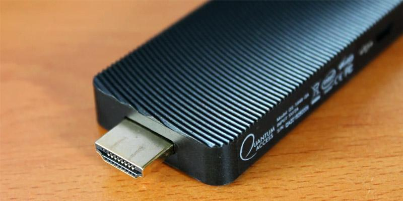 Review of Azulle Quantum Quantum Access LAN Fanless Mini PC Stick