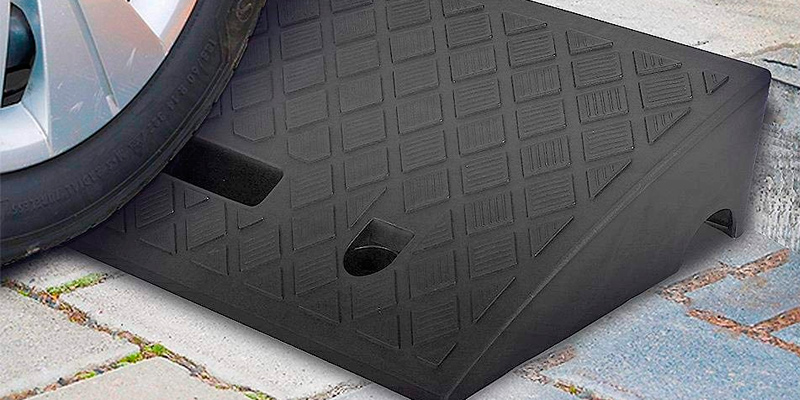 Review of Pyle PCRBDR27 Portable Lightweight Curb Ramp (2 Pack)