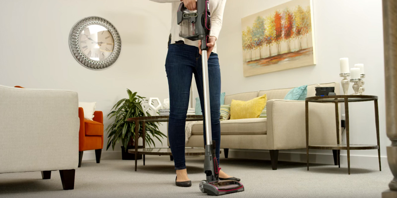 Review of Shark IR101 ION Rocket Ultra-Light Stick Vacuum