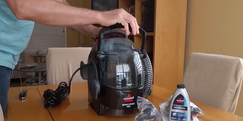 Review of Bissell 3624 SpotClean Professional Portable Carpet Cleaner