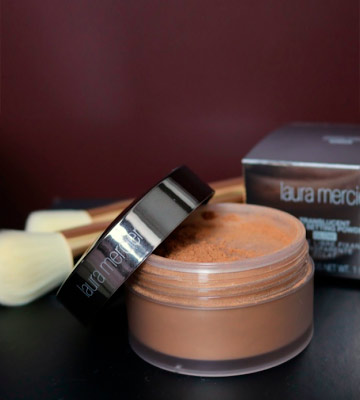 Review of Laura Mercier Translucent Loose Setting Powder