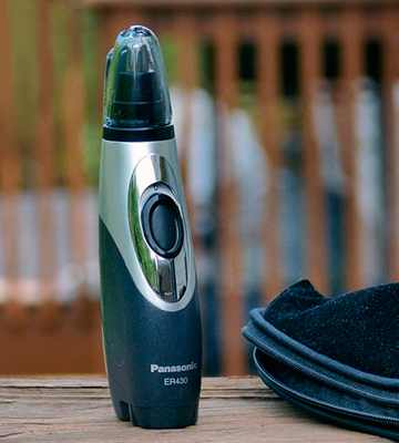Review of Panasonic ER430K Ear & Nose Trimmer with Vacuum Cleaning System