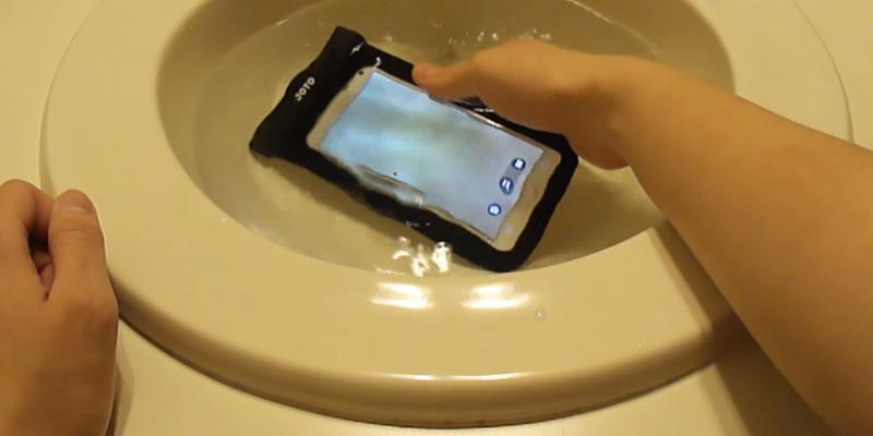 Review of JOTO Universal Waterproof Phone Case