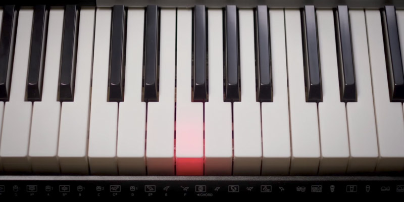 Detailed review of Casio LK175 Lighted Key Personal Keyboard
