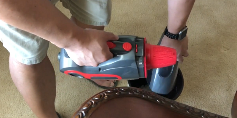 Dibea BX-350 Cordless Portable Handheld Vacuum in the use