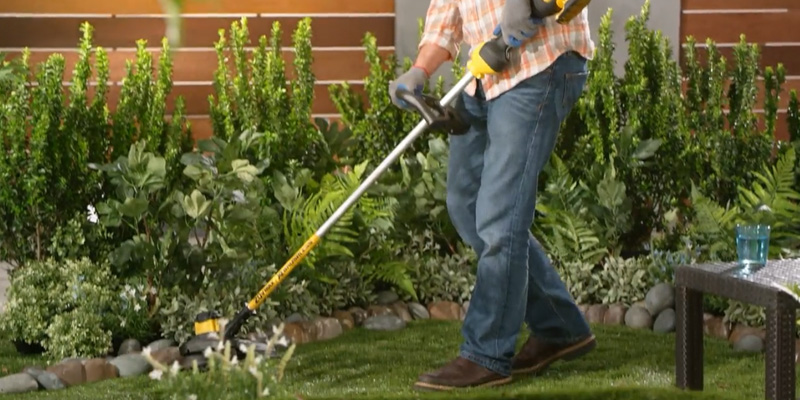 Detailed review of DEWALT DCST920P1 Ah Lithium Ion XR Brushless String Trimmer