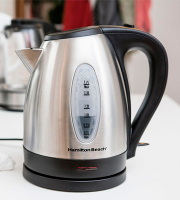 Review of Hamilton Beach 40880 Electric Kettle