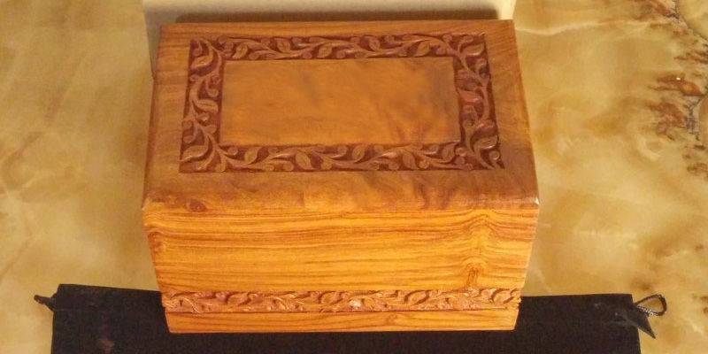 Review of Bogati Hand Carved Rosewood Cremation Urn