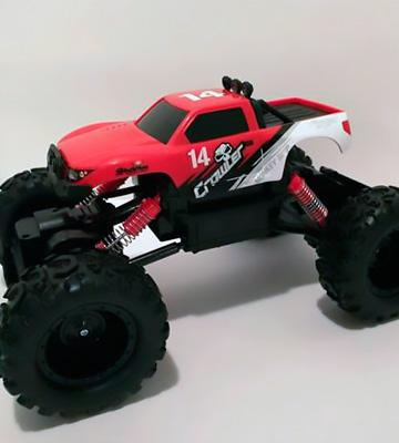 Review of Maisto 83022 R/C Rock Crawler Radio Control Vehicle