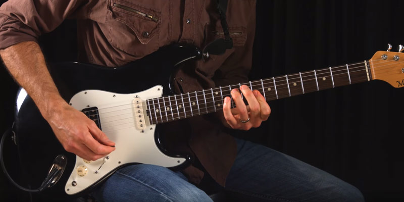 Detailed review of Guitar tricks Learn to play Guitar with ONLINE Guitar lessons