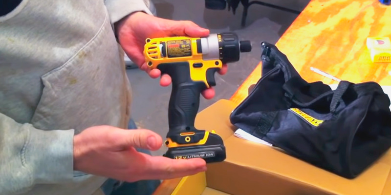 DEWALT DCF610S2 Screwdriver Kit in the use