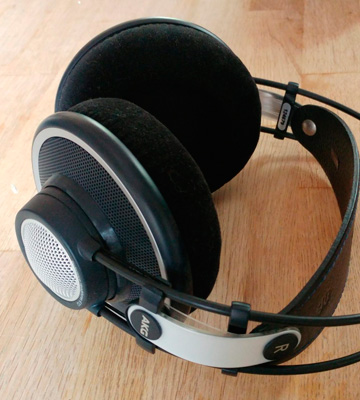 Review of AKG K702 Reference Class Studio Headphones