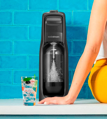 Review of SodaStream Jet Bundle Soda Maker