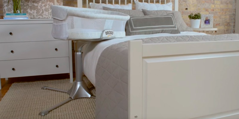 Review of Halo Premiere Series Bassinest Swivel Sleeper Bassinet