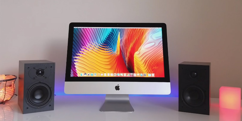 Apple iMac MMQA2LL/A All-in-One in the use