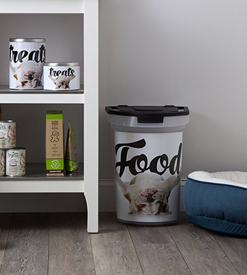 Review of Paw Prints 37716 Pet Airtight Food Storage Container