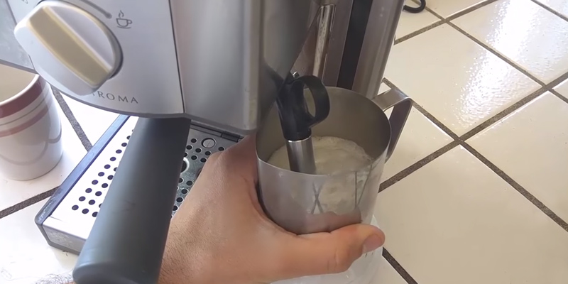 Brevile ESP8XL Cafe Roma Stainless Espresso Maker in the use