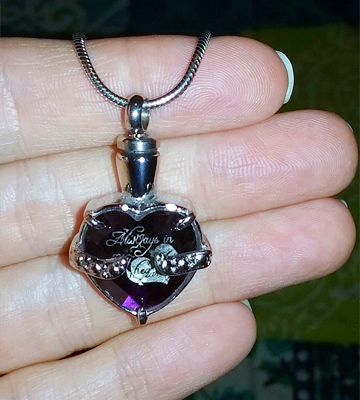 "Review of Infinity Keepsakes ""Always in my Heart"" Cremation Urn Necklace"