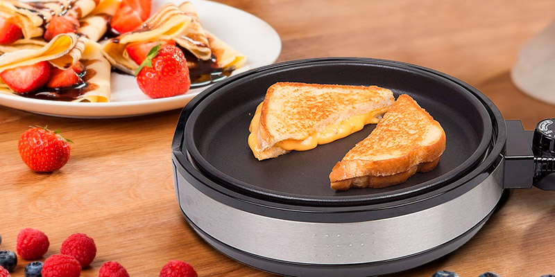 Review of CucinaPro Multi Baker Deluxe Pancake maker with 3 interchangeable skillets