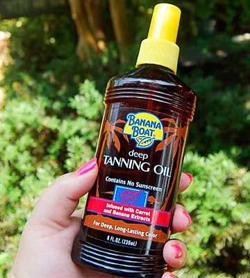 Review of Banana Boat Deep Tanning Oil with Carrot and Banana Extracts
