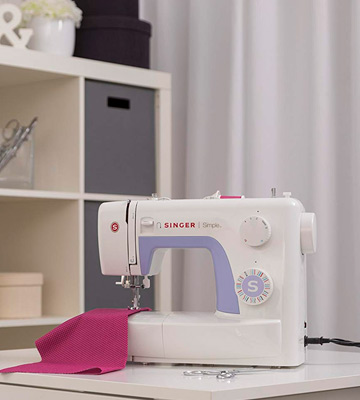 Review of SINGER Simple 3232 Portable Sewing Machine