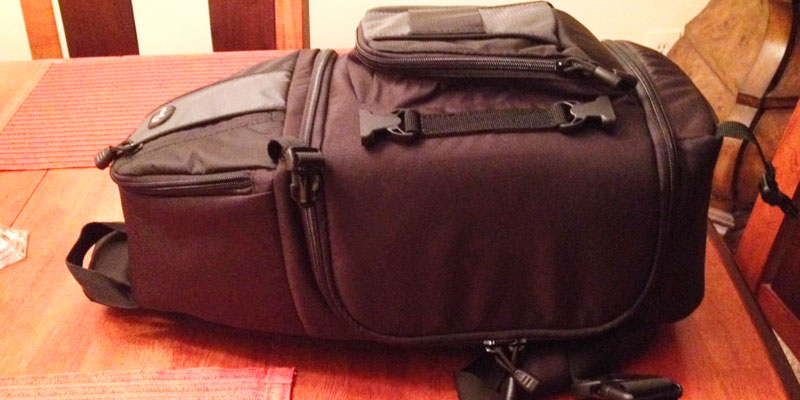Lowepro LP36172 DSLR Sling Camera Bag in the use