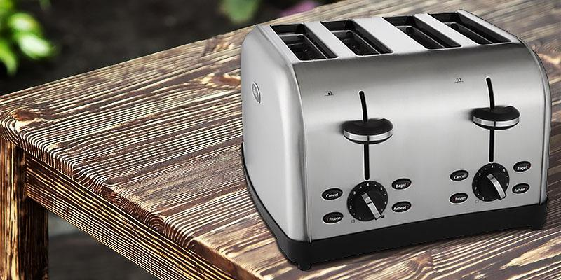 Review of Oster TSSTTRWF4S 4-Slice Toaster