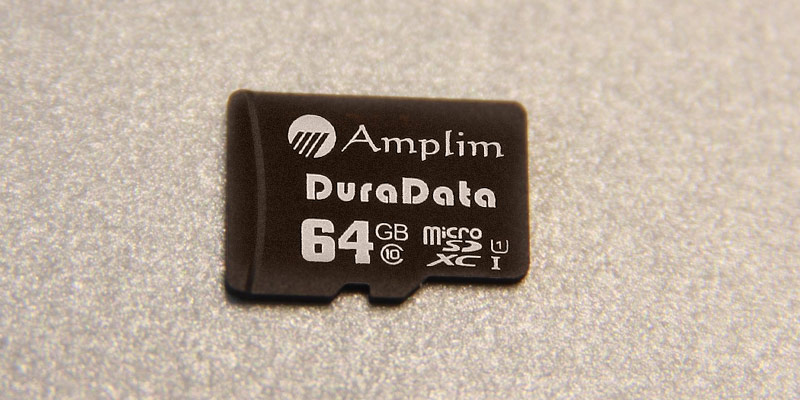 Amplim 64G UHS-1 in the use
