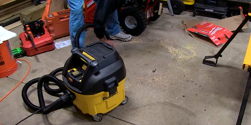 Review of DEWALT DWV010 HEPA Dust Extractor