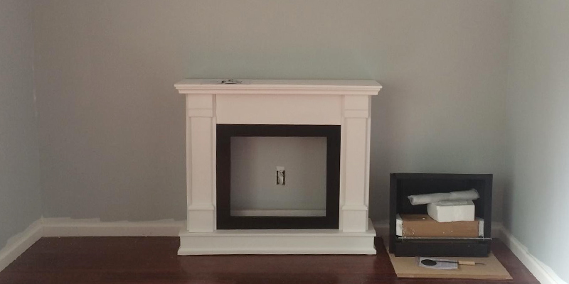 Real Flame G8600W Silverton Gel Fireplace in White in the use