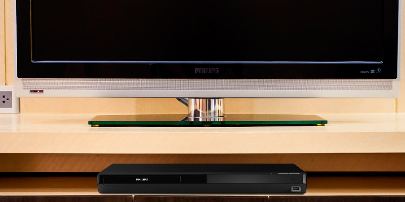 Philips BDP7502 4K Ultra HD Wifi Blu-ray Player in the use