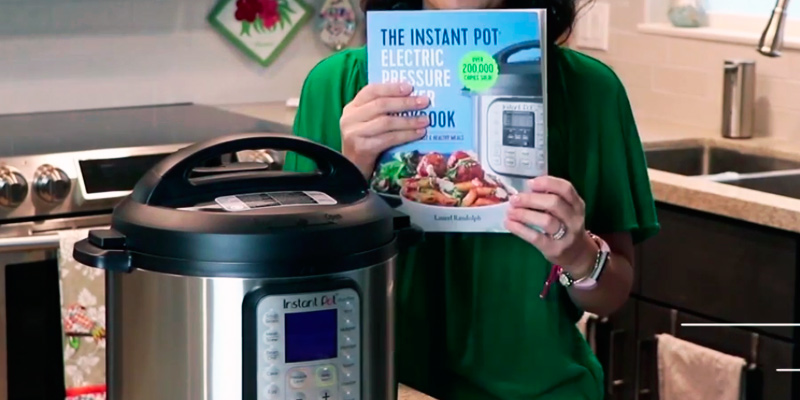 Review of Laurel Randolph Easy Recipes for Fast & Healthy Meals The Instant Pot Electric Pressure Cooker Cookbook