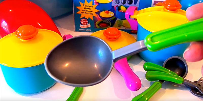 Detailed review of Small World Toys Living - Young Chef Cookware Playset