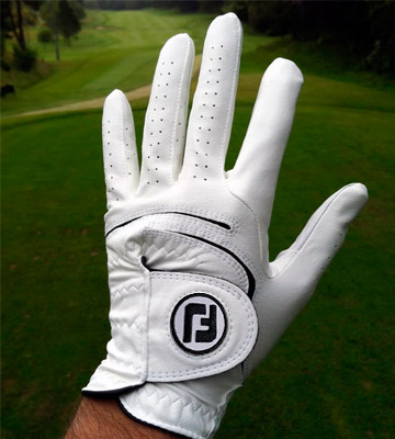 Review of FootJoy 66153E-401 WeatherSof Golf Gloves