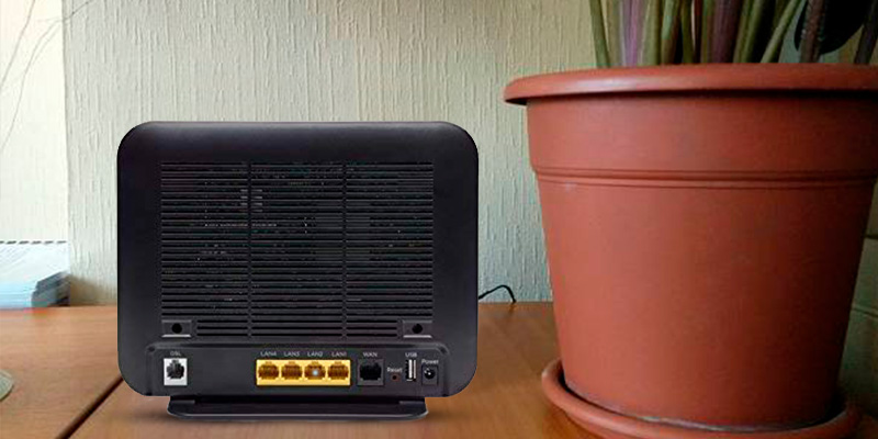 Motorola MD1600 VDSL2/ADSL2+ Modem + WiFi AC1600 Gigabit Router in the use