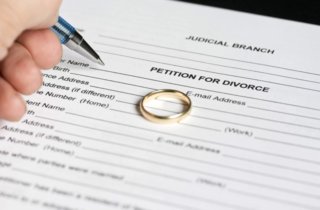 Comparison of Divorce Papers and Forms Online
