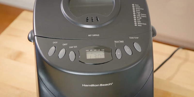 Hamilton Beach 29882 Breadmaker in the use