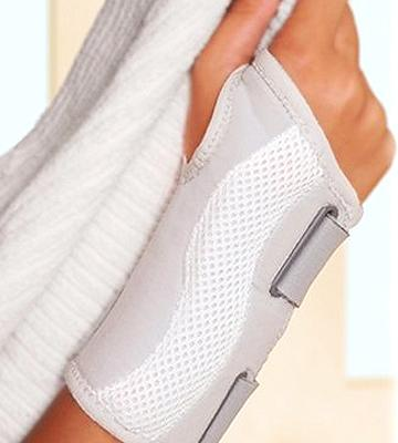 Review of Wellgate for Women PerfectFit Wrist Support