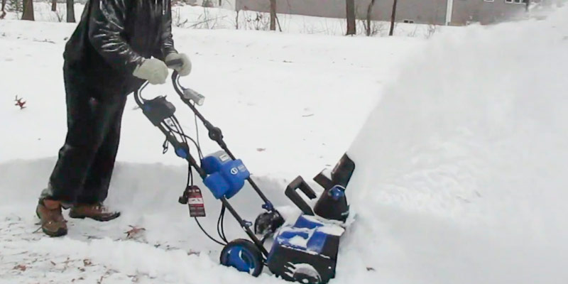 Review of Snow Joe iON18SB-HYB Hybrid Single Stage Snow Blower