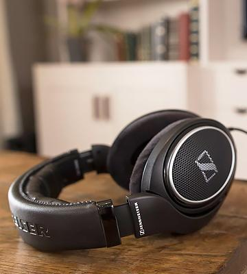 Review of Sennheiser HD 598 Special Edition Over-Ear Headphones
