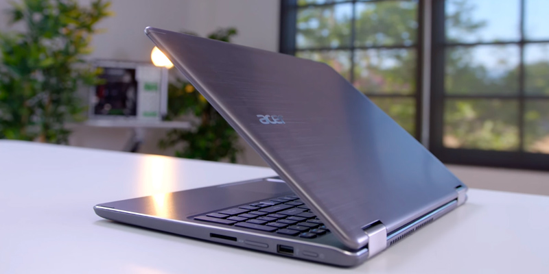 "Detailed review of Acer Aspire R15 Convertible 2-in-1 Laptop, 15.6"" Full HD Touch, 7th Gen Intel Core i7, GeForce 940MX, 12GB DDR4, 256GB SSD"
